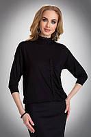 Женская блуза из вискозы черного цвета свободного кроя, украшена черным кружевом. Модель Salma Eldar.
