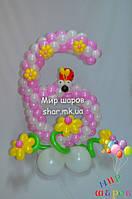 Шестерочка с цветами из воздушных шаров