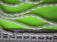 Рис - бусина пластиковая белая диаметр 4 мм, длина 8 мм, нить ок. 125 бусин, фото 1