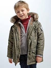 Жилетки и куртки для мальчиков