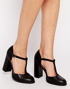 Туфли на среднем и маленьком каблуке,танкетке(2,5-7 см)