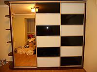 Шкаф-купе с крашеными стеклами, фото 1