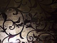 Состаренное орнаментное зеркало с поталью