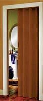 Дверь-гармошка Plaza 88x203 плодовое дерево (красно-коричневый тон)