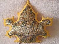 Декоративная подушка лист осенний ручная работа