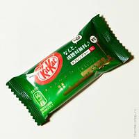 """Шоколадный батончик """"Kitkat"""" со вкусом Зеленого чая """"Green tea"""" (Япония), фото 1"""