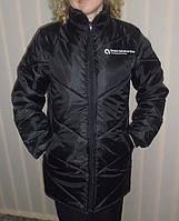 Нанесение логотипа на груди и спине утепленной курточки, термопечать