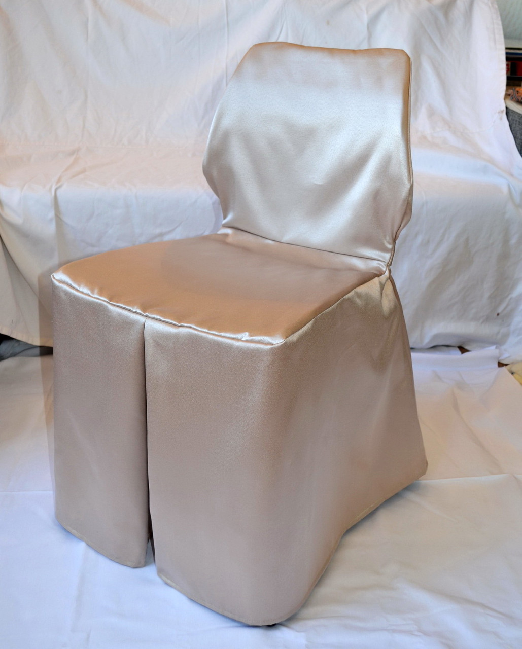 Чехол на нестандартный стул с поясом Бежевый