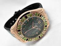 Женские часы HUBLOT - Geneve, ремешок зеленая рептилия, цвет золото, украшены кристаллами
