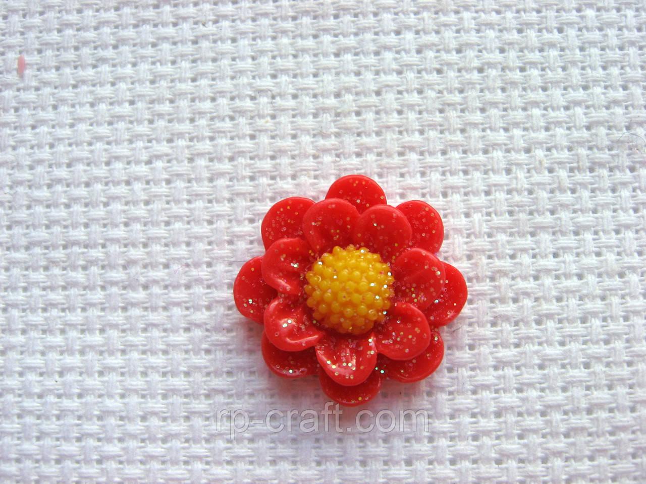 Декор для бантов и скрапа. Красный цветок