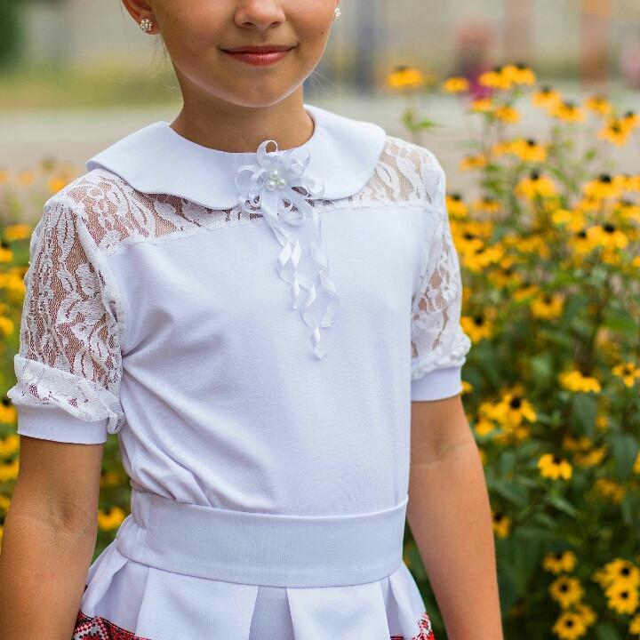 Трикотажна шкільна блуза для дівчинки