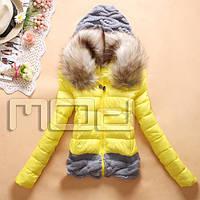 Короткая женская куртка с капюшоном, фото 1