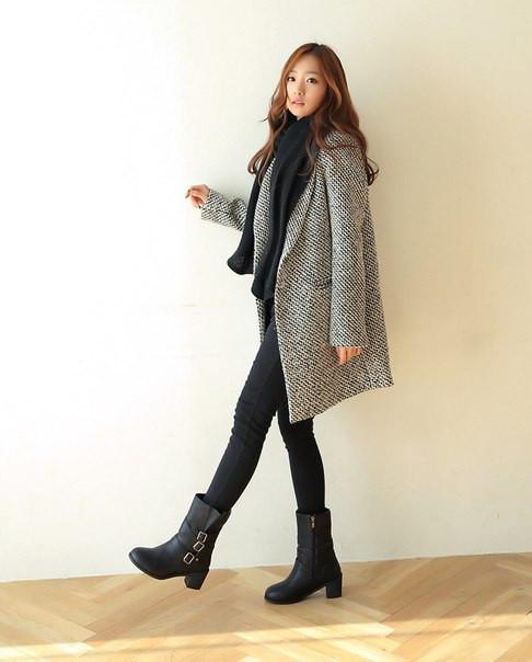 Женское легкое вязаное пальто