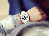 Часы с лого Adidas, фото 1
