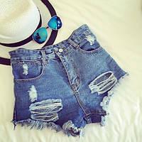 Женские стильные синие рваные шорты