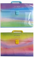 """Папка-портфель школьная А4, пластиковая на защелке,12отделений,1 пластиковая ручка """"Радуга"""""""