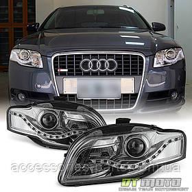 Фары передние  Audi A4  S4 B7 LED DRL