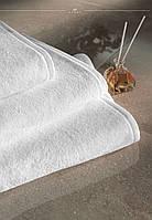 Полотенце белое отельное 550гр/м2  50х90 см