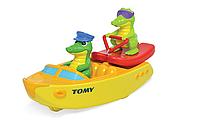 Крокодил на водных лыжах (T72358)