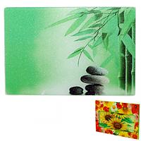 Доска разделочная стеклянная 30х40х0.5 см Зеленый бамбук