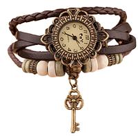 """Женские часы с кожаным ремешком под старину с брелком """"ключик"""", женские кожаные часы"""