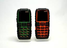 Противоударный телефон Hope AK8000 - защитный корпус, power bank, фонарь