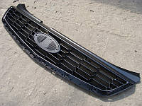 Решетка бампера верхняя ВАЗ 2170 - 2172 ПРИОРА нового образца (с 2011г.) (пр-во АвтоВАЗ)
