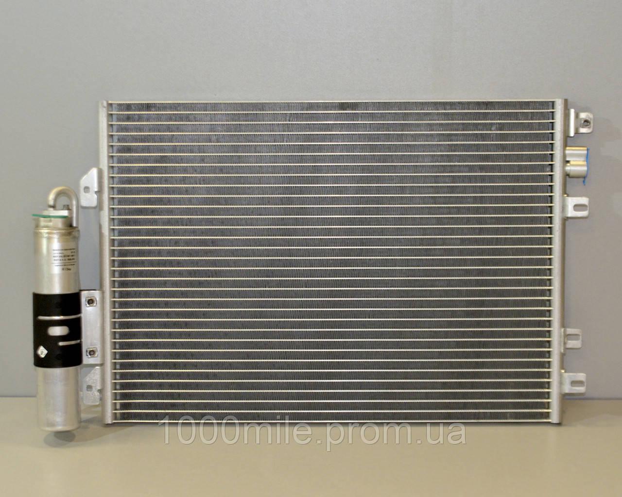 Радиатор кондиционера на Renault Kangoo 97->08 1.5dCi+1.2+1.4+1.6+1.9 — Renault(Оригинал) - 8200708130
