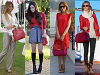 С чем носить красную сумку?