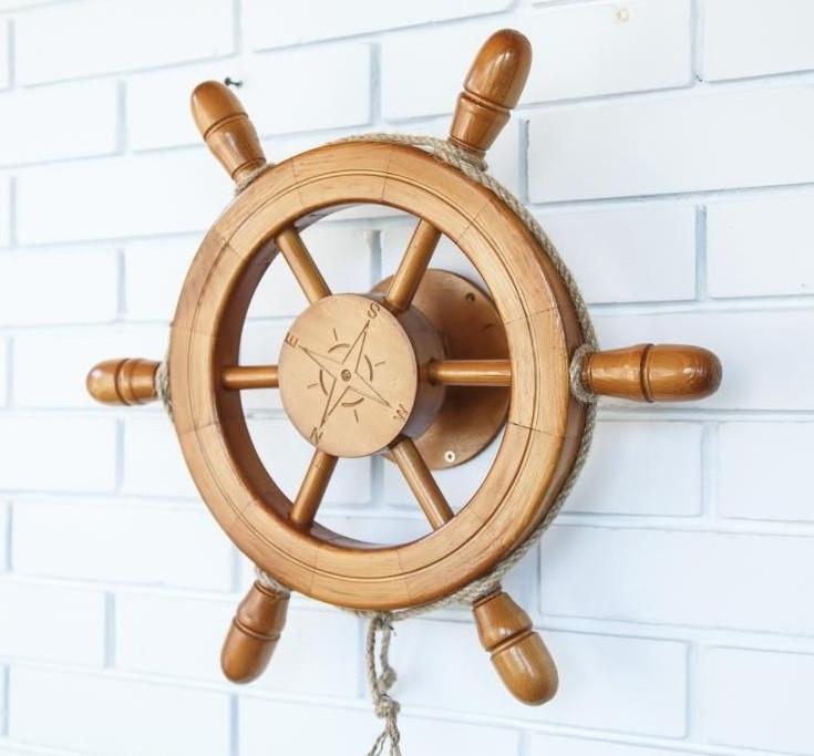 Деревянный Штурвал с поворотным механизмом светлый. Подарок в морском стиле 50a7486eb7e