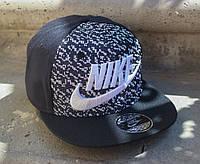 Кепка Nike с прямым козырьком