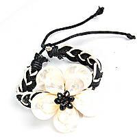 [5см] Браслет женский, плетеный из черной и белой кожи, с крупным цветком