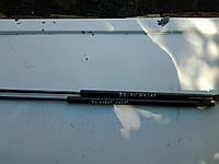 Амортизатор КАПОТА Audi A4 Avant 1994-2000 Bonnet Gas Strut 8D0823359