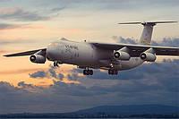 Транспортный самолет Lockheer C-141 B Starlifter 1/144 RODEN 325