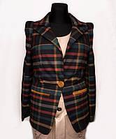 Стильный шерстяной пиджак в клетку 0330