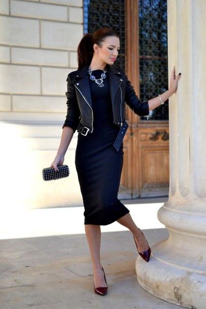 fdb7ad0a288 Трикотажное платье футляр миди черное