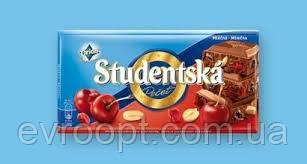 Шоколад молочный Studentska Pecet с вишней 180г