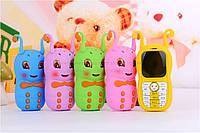 Телефончик для маленькой девочки в виде червячка TB777 на 2 сим-карты