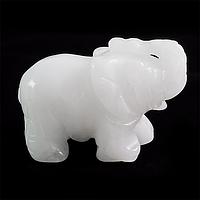 Кварц белый, статуэтка слоник