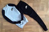 Спортивный костюм Nike, серое туловище, черные рукава и штаны,ф2626