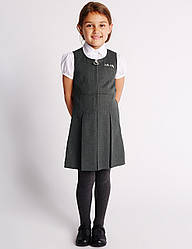"Школьный сарафан Marks & Spencer - ""Hello Kitty"" (Англия), оригинал, размер 8 - 9 лет, рост 134 см"