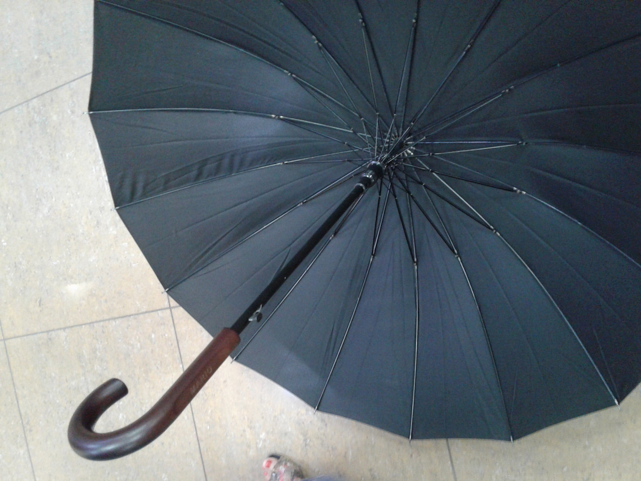 Зонт мужской трость 16 спиц с деревянным крючком