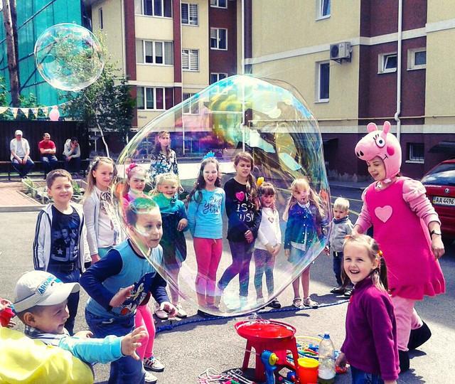 Шоу мыльных пузырей в Киеве,Недорого,мини шоу мыльных пузыей,мыльные пузыри на детский праздникпраздник