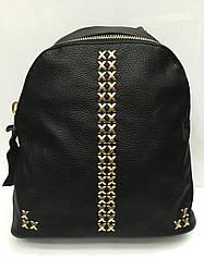 Рюкзак с крестообразными заклёпками , чёрного цвета