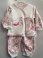 """Детский костюм человечек на малышей """"Little"""". 0-6 мес. Белый с розовым. Оптом."""