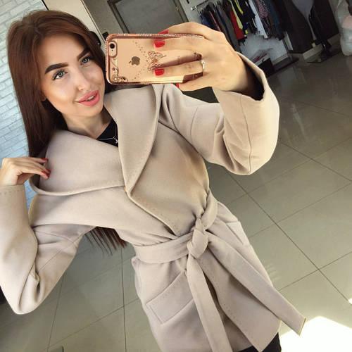 b96de2f0423 Пальто женские. Товары и услуги компании