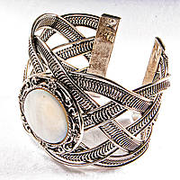 Браслет перламутр широкий скобка металл ажурная оправа круглая