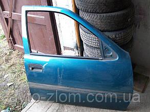 Дверь передняя правя Opel Vectra A.
