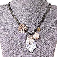 Ожерелье Нежность Лепестков, декор - бусины, листья металл