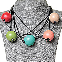 Бусы на нитях цветные шары